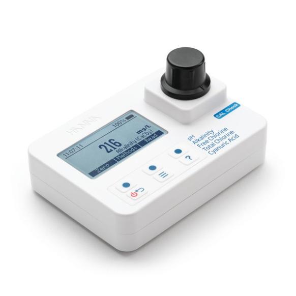 Photomètre pour alcalinité, acide cyanurique, chlore et pH HI97104